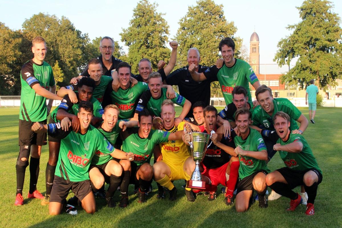 SVW 27 pakt wederom Waard-Cup, KSV-handbalsters veroveren Burencup